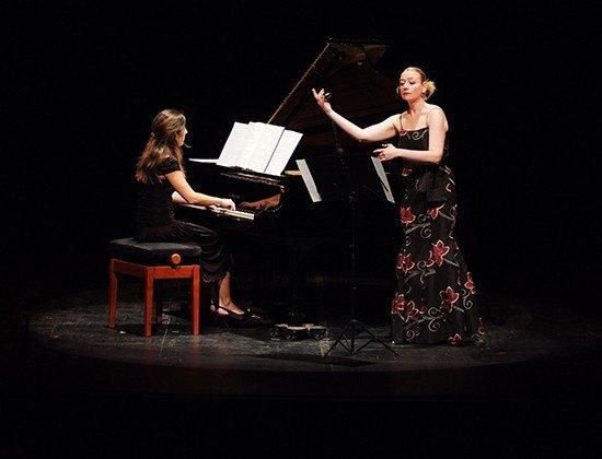 Piano & Castañuelas Tereas Laiz
